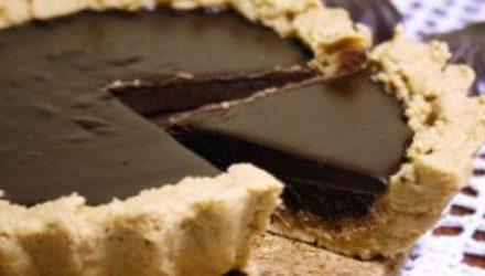 Домашний тарт из молочного шоколада